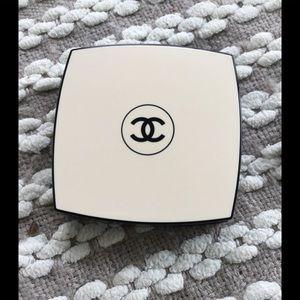 Chanel Les Beiges Healthy Glow Multi Colour SPF 15